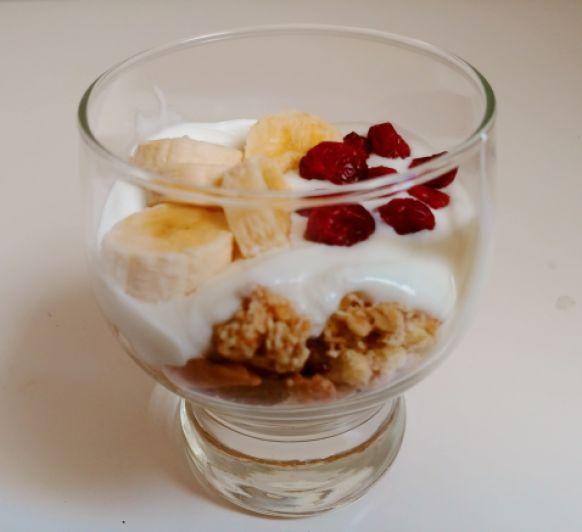 Cereales, frutas y lácteos
