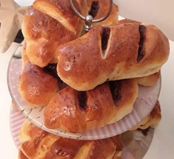 Pan de leche con y sin relleno